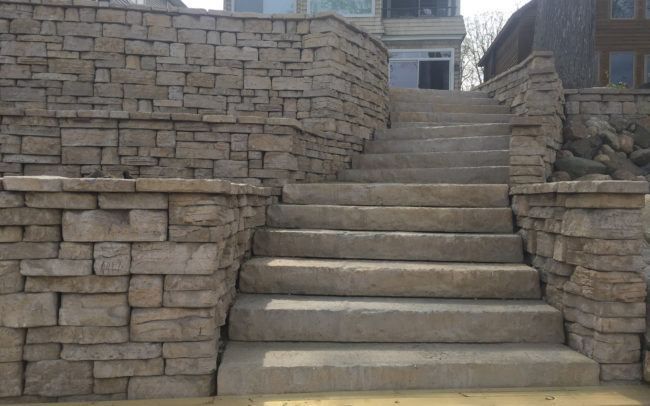 Residential Paver Stairs & Retaining Wall